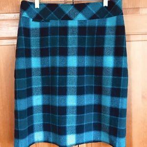 L.L. Bean Favorite Fit Plaid Wool Pencil Skirt 10